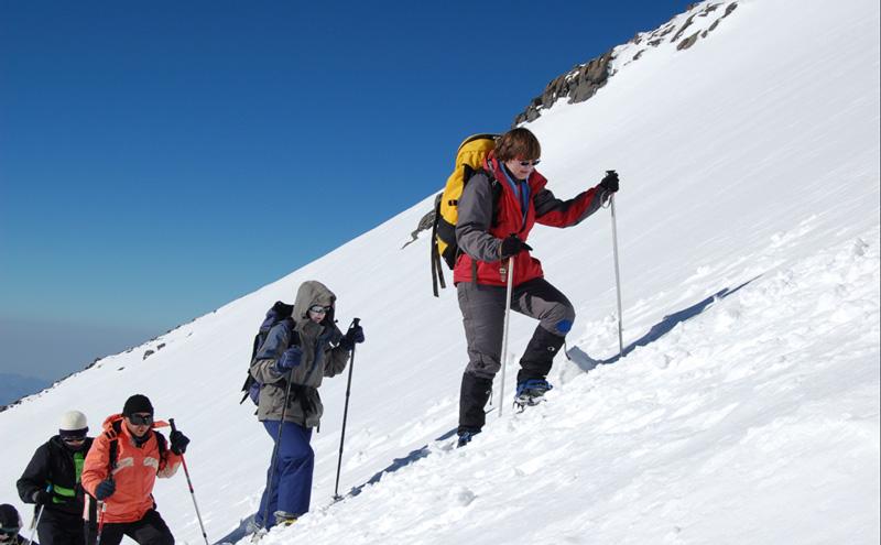 Тур восхождение на Эльбрус в Приэльбрусье