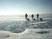 По Байкалу зимой на лыжах